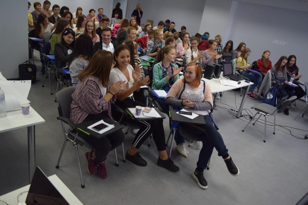 Проект ДТЕК «Енергоефективні школи: нова генерація» не тільки навчає, а ще й об'єднує Схід та Захід України!